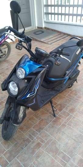 VENDO MOTO YAMAHA BWS 2021 AZUL