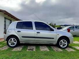 Renault clio mod 2002