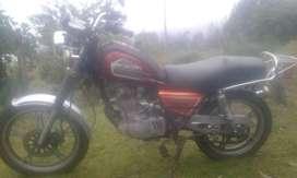 Se vende Moto Suzuki GN