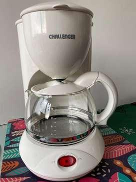 Cafetera marca CHALLENGER para 10 Tasas