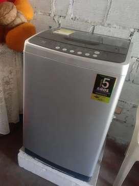 Lavadora haceb 24 lb gris.
