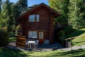 au69 - Cabaña para 2 a 8 personas con pileta y cochera en Villa La Angostura