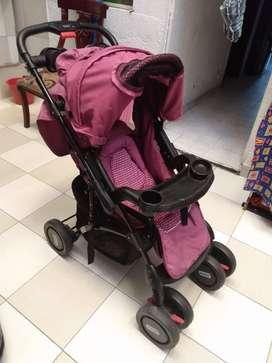 Vendo Coche y paseador para bebe niña