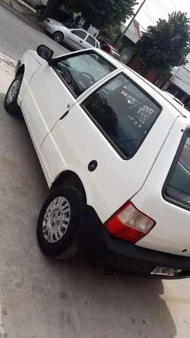 Fiat uno cargó vtv al día