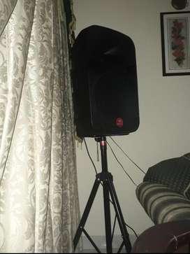 Amplificador 15 Pulgadas con Tripode