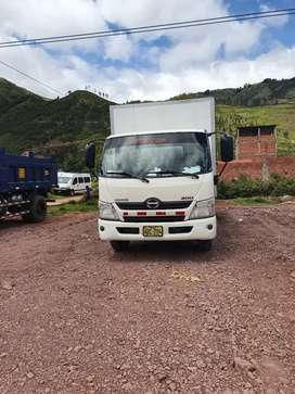 Vendo camión Hino dutro de 5 Ton