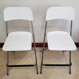 Par de sillas para bar barra y mesa marca IKEA - traídas de EU - altura 63 cm. Marca Sueca