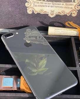 Iphone 8 plus 64 gb -batt95%