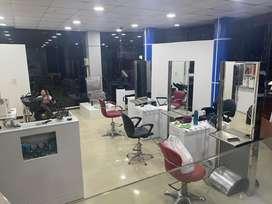 Vendo peluqueria en centro comercial