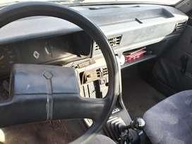 Renault 9 con gas y 08 certificado