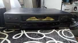 Vendo Videocassettera Philips Turbodrive