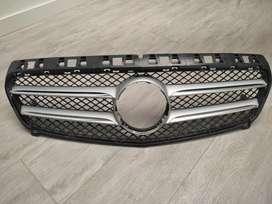 Parrilla Mercedes Benz