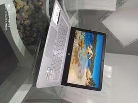 portátil hp ENVY Notebook 13-d001la