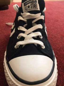 Zapatos converse talla 38 color negro y blanco ORIGINALES