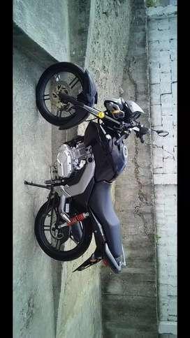 Moto Suzuki GSX-125