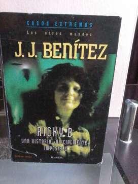 Libro de Ovnis Jj Benitez Ricky B similar a caballo de troya
