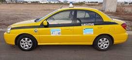 Vendo Taxi Ejecutivo en  Manta con acciones
