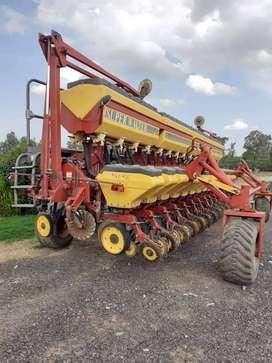 Vendo sembradora Super Walter 14 surcos con doblefertilizacion
