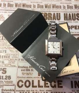 Reloj Kenneth Cole dama, en excelente estado.