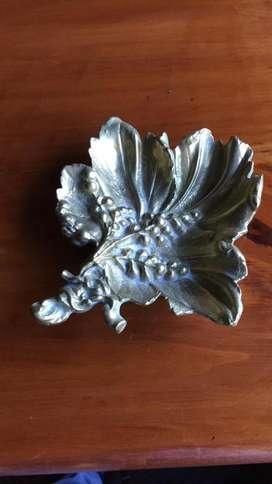 Cenicero en bronce