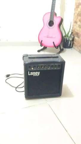Amplificador Laney 10 Watts Usado