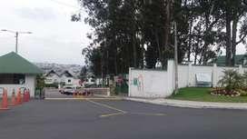 Venta Casa Norte de Quito Carretas de Carcelén urbanización privada Caminos de los Eucaliptos.