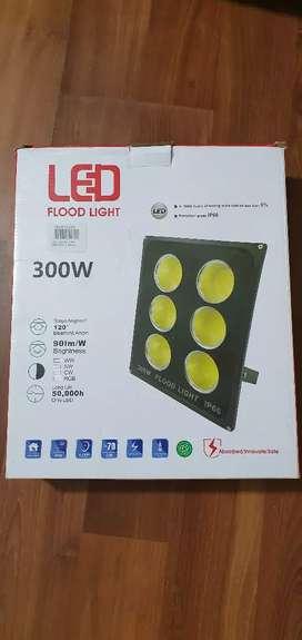 Reflector led de 200 y 300 W nuevos!