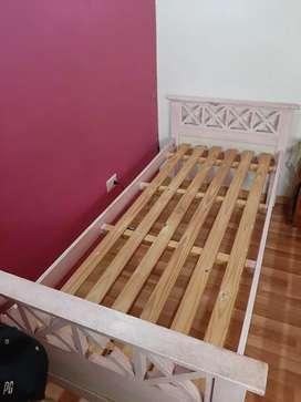 Cama para dormitorio