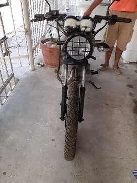Moto akt 125 usada