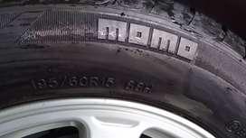 """Rines 15"""" 5x100 y llantas momo 195/60/R15"""
