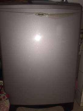 Excelente lavadora Haceb en buenas condiciones en venta