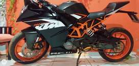 Vendo permuto KTM Rc se recibe menor valor honda o Yamaha