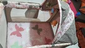 Cuna corral marca ebaby color rosa