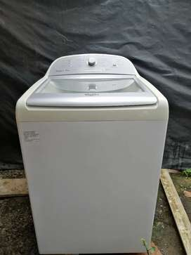 Se vende lavadora digital en buen estado