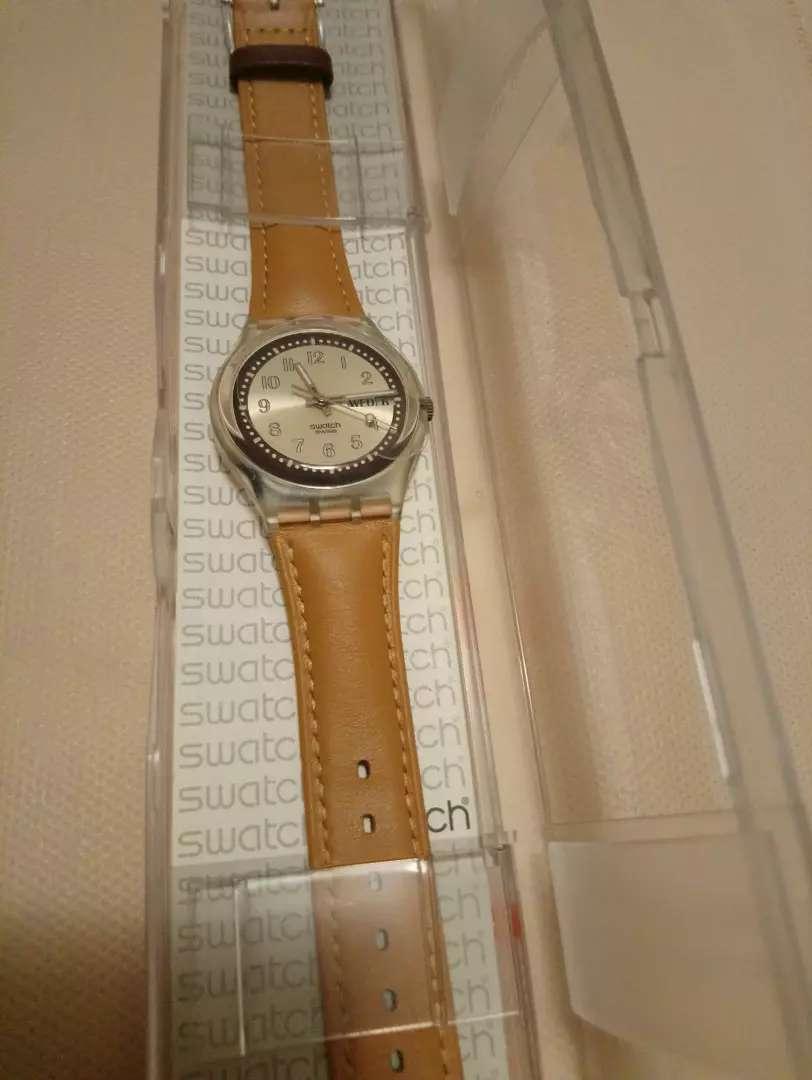 Reloj swatch croissant chaud. Nuevo 0