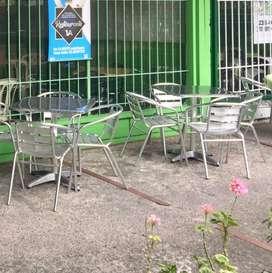 Juego de mesa y sillas, exterior