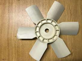 Paleta para radiador Hangcha y Heli 3 y 3,5 tn.