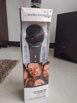 Se vende microfono para grabación en perfectas condiciones