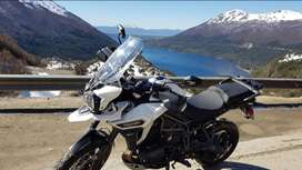 Moto - Triumph Explorer XCX