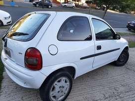 Chevrolet corsa 3 puertas diesel aire y dirección
