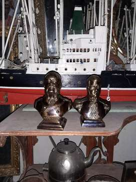 Bustos de bronce