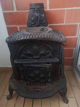 Chimenea antigua en hierro