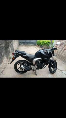 Vendo moto Yamaha o permuto por menor valor y efectivo