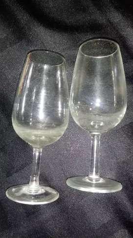 Copas degustacio de vino.