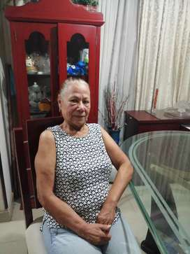Se ofrece señora como Niñera y/o Cuidadora de Adultos