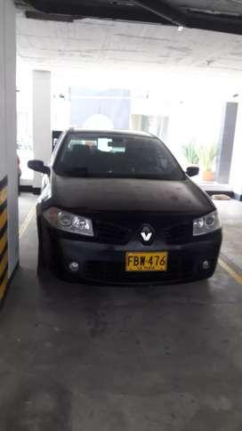 Megane II 2.0 HB En buen estado, techo panoramico color negro gris