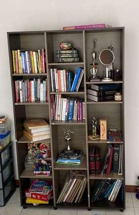 Mueble bliblioteca estante