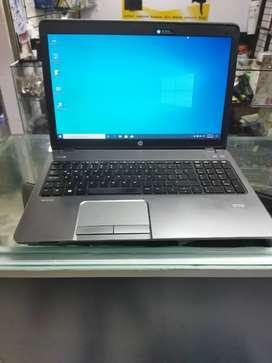 Portátil HP core i5 de cuarta generación 8 GB de ram disco duro de 500 GB