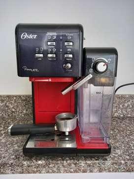 Maquina de café Expreso Prima Latte Oster