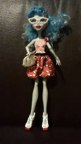 Muñeca Monster High Ghoulia Yelps